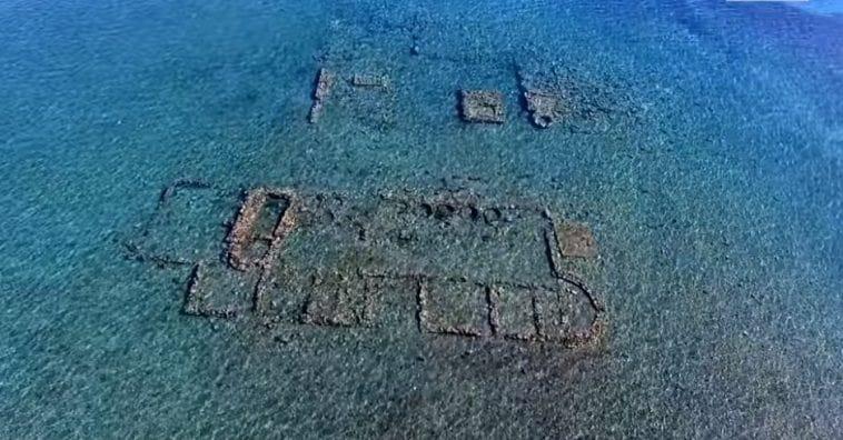Αρχαία Επίδαυρος: Η βυθισμένη πολιτεία σε απόσταση αναπνοής από την ακτή -  Μικροπράγματα