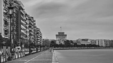 25 ασπρόμαυρες φωτογραφίες της ανατριχιαστικά άδειας Θεσσαλονίκης