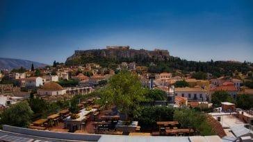 Αθήνα. Οι ταράτσες-στέκια της πόλης από ψηλά
