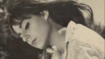15 Τραγούδια της Καίτης Χωματά, δέκα χρόνια μετά το θάνατό της ανήμερα των 64ων γενεθλίων της