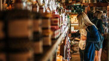Τι να πεις όταν στα μαγαζιά που πας δεν τηρούν τα μέτρα προστασίας;
