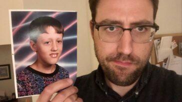 Αυτός ο άνδρας ανακάλυψε ότι μια φωτο του απ' όταν ήταν 8 χρονών έγινε meme εδώ και χρόνια
